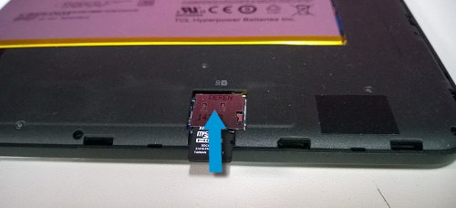 Image: Insert the microSD card for recovery