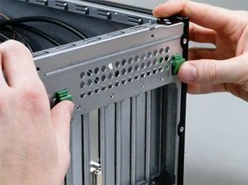 HP Z230, Z420, Z620 and Z820 Workstation PCs - Installing