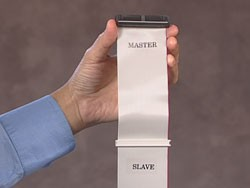 Ribbon cable labeled Master and Slave