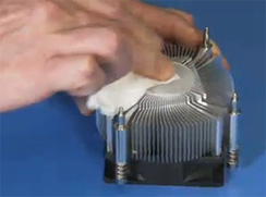 Cleaning the heat sink