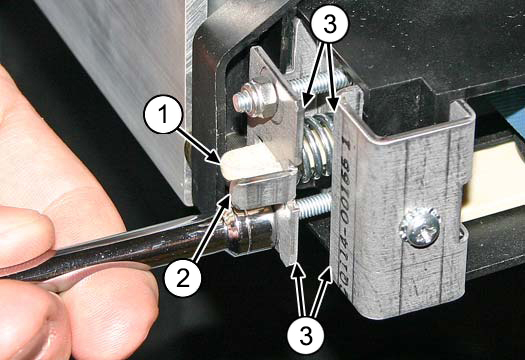 Image: Adjustable idler design