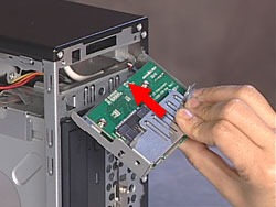 Inserting the card reader in the computer